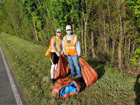 Groups Help Clean Up Litter In Goldsboro (PHOTOS)