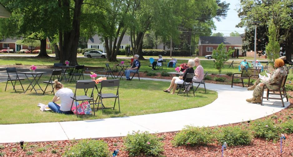 """Goldsboro Library Hosts """"Live On The Lawn"""" Featuring Local Musicians"""