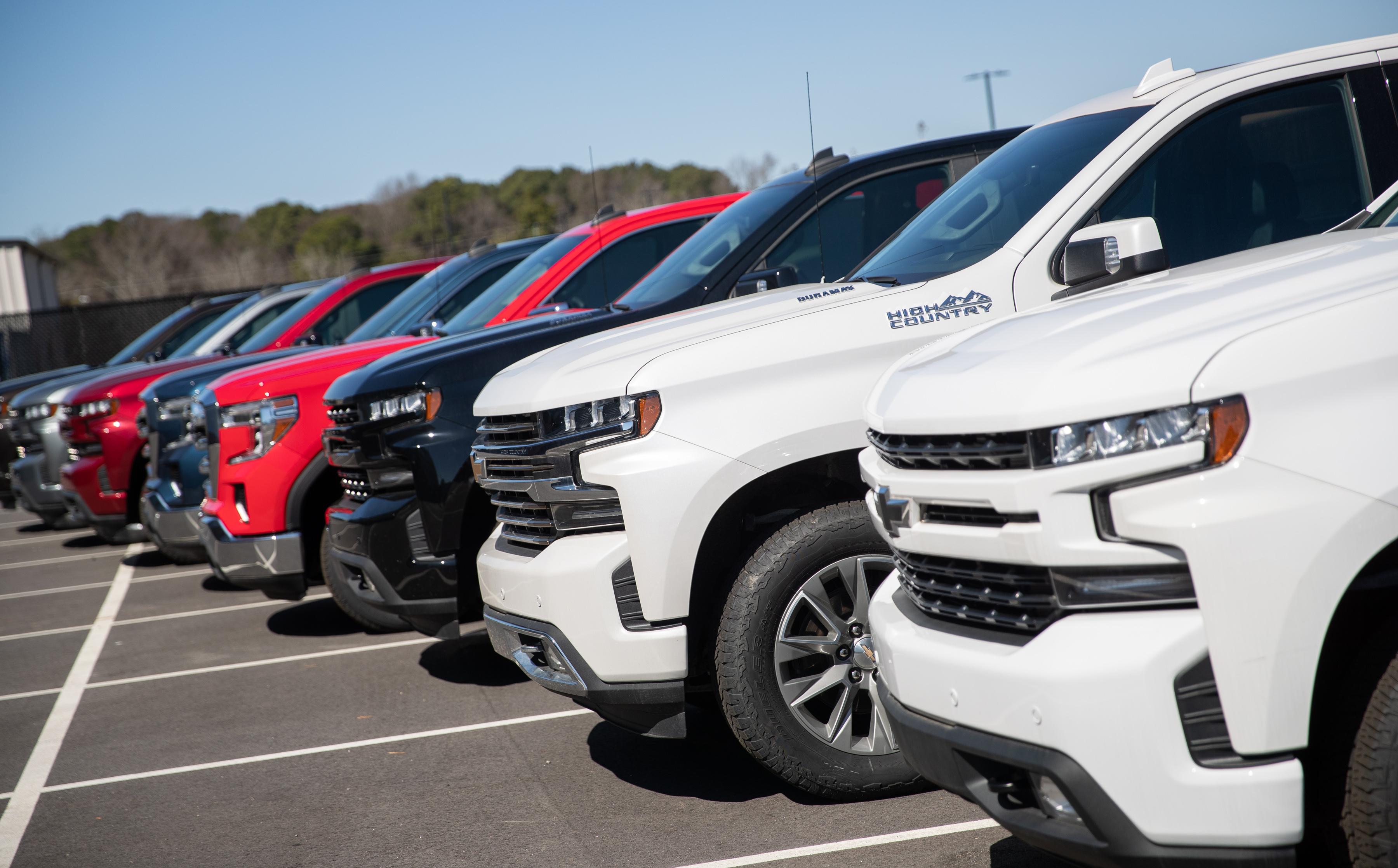 WCC Receives Eight GM Trucks For Technician Training