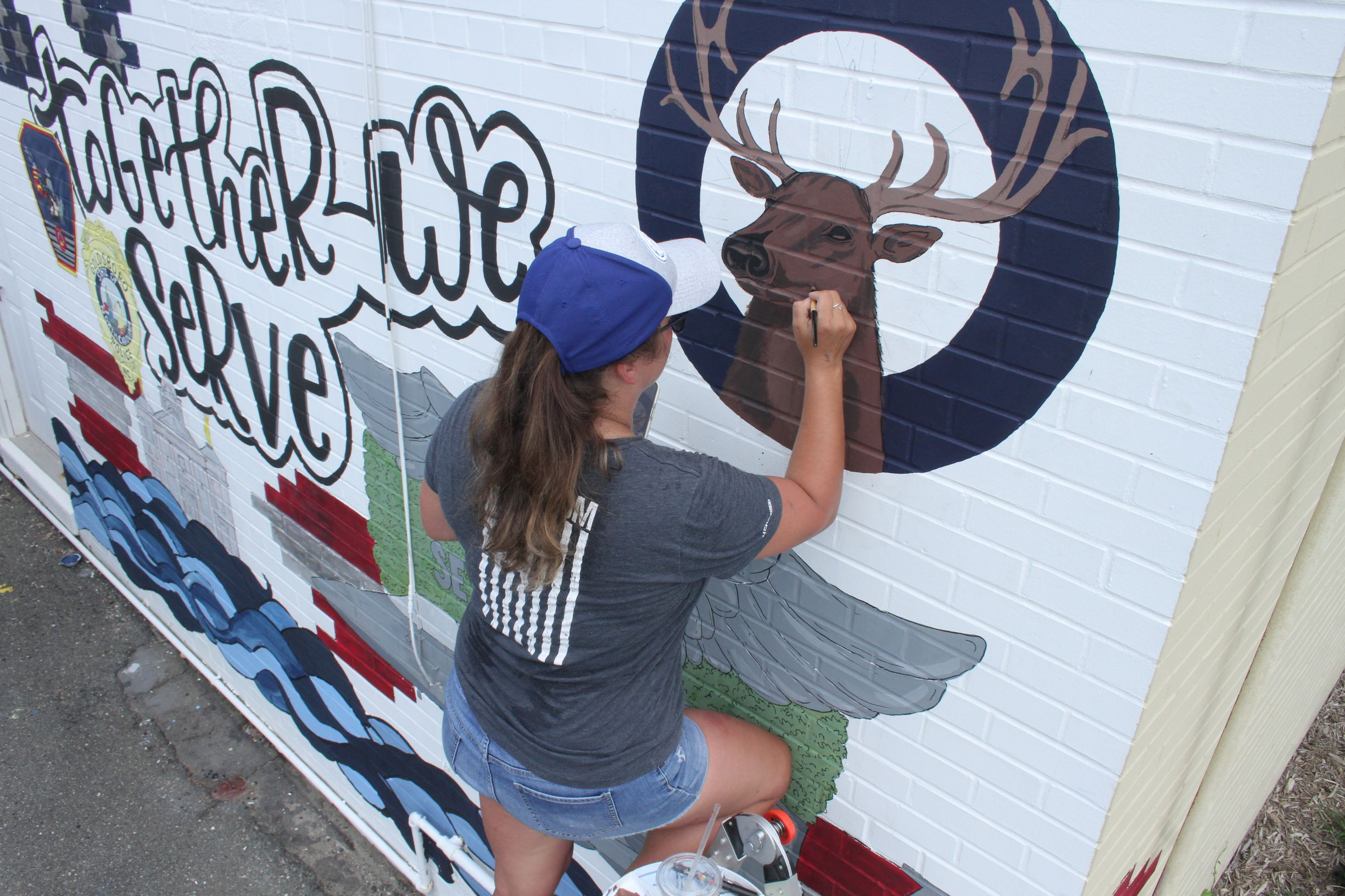 Elks Lodge Getting New Mural (PHOTOS)