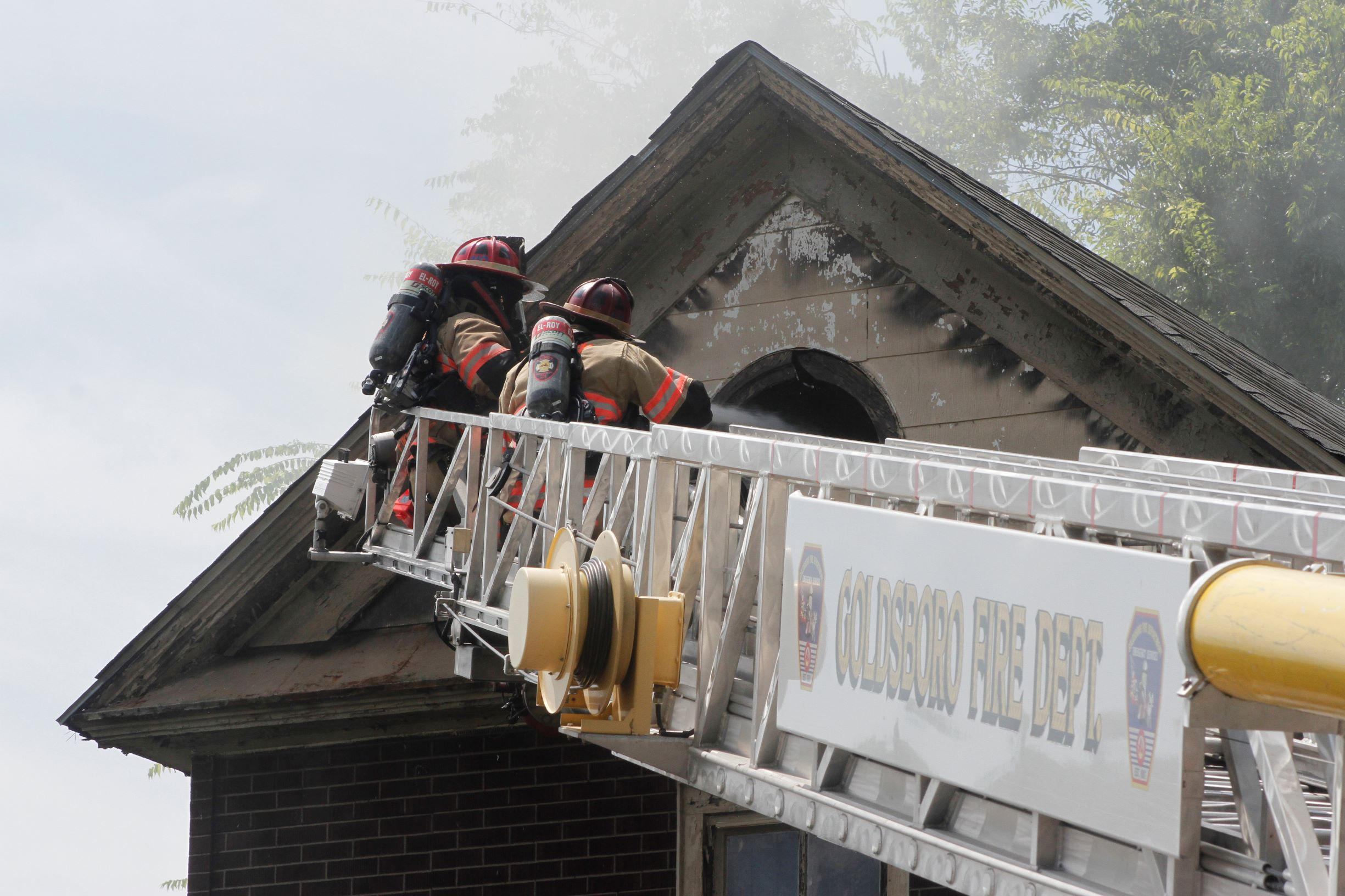 Excessive Heat Hampers Firefighters At Vine St. Blaze
