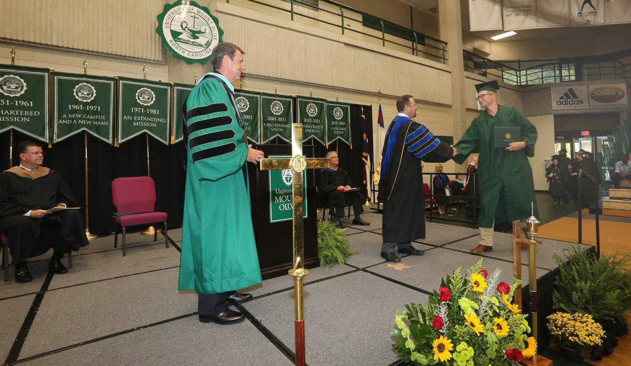 UMO Graduates Receive Message Of Faith And Fulfillment