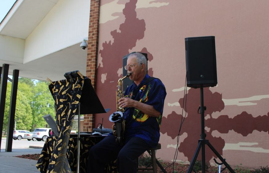 """Goldsboro Library's """"Live on the Lawn"""" Series Returns In October"""