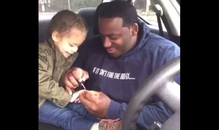 Watch This Tender Moment of a Dad Painting His Daughters Finger Nails Before Going to the Park [VIDEO]