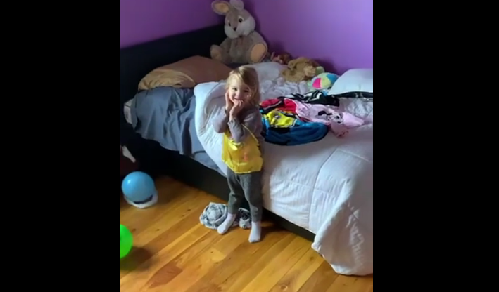 Creative Dad Finds a Fun Way for His Daughter to Clean Her Room [VIDEO]