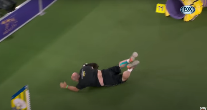 Dog Show Trainer Wipes Out in the Middle of the Westminster Dog Show [VIDEO]