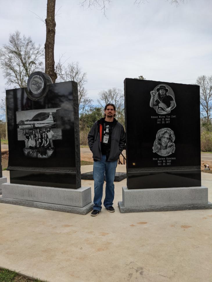 08. Lynyrd Skynyrd Memorial, Magnolia MS