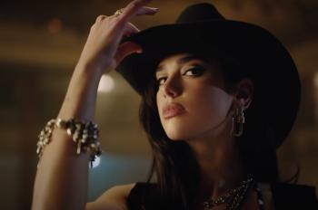 VIDEO PREMIERE: Dua Lipa – 'Love Again'