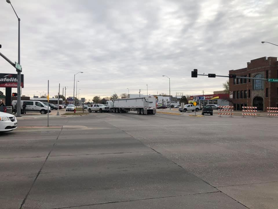 UPDATE: Multiple Vehicle Accident on 25th Street 3rd Ave