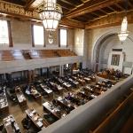Nebraska lawmakers advance bill to ban hair discrimination