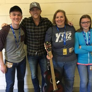 Bic Lisa Kelsey with Cole Swindell