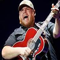Luke Combs – North Platte