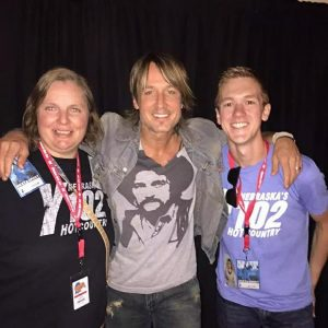 Lisa and Bic with Keith Urban