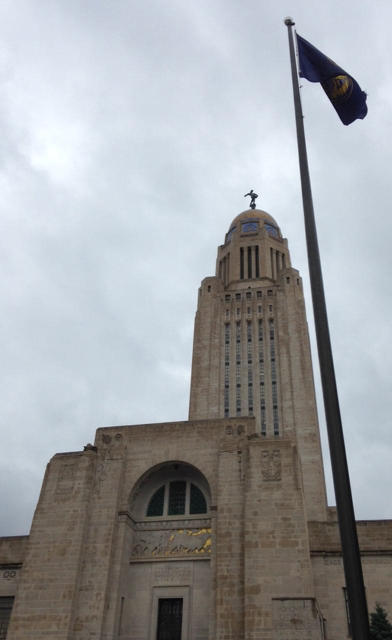 Capitolflagpole1