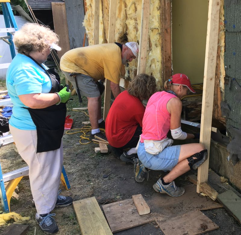 Brethren Ministries group working on a home on 15th Ave. June 12.