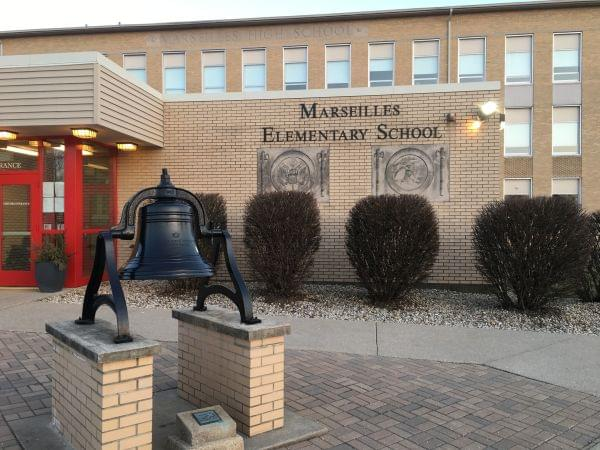 Marseilles Elementary School front