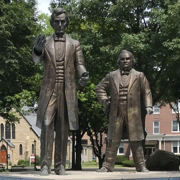 Lincoln Douglas statues