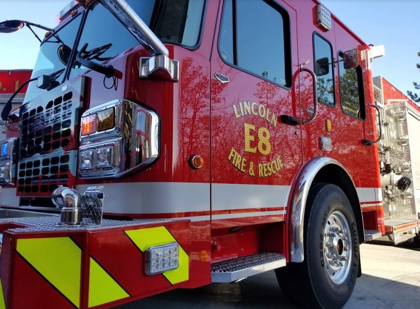 Lincoln Fire and Rescue Crews Battle Duplex Fire In Freezing Temps
