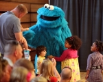 """""""Snack Chat"""" with Cookie Monster"""