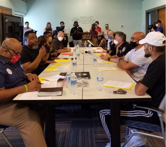 """Lincoln Police, Community Leaders Announce """"Hold Cops Accountable"""" Meetings"""