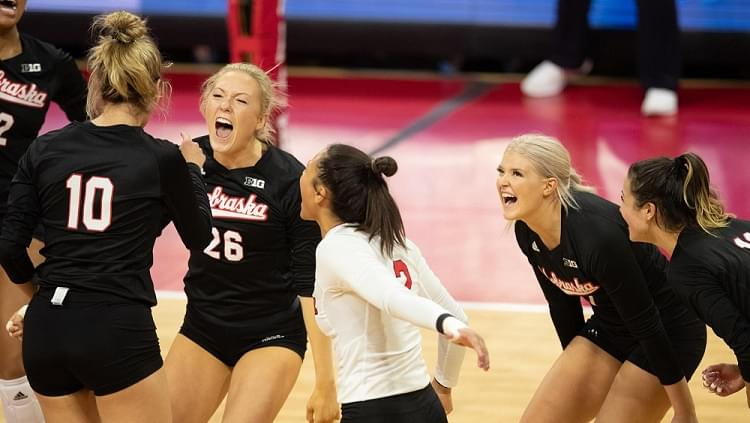 No. 5 Nebraska finally gets season started, Sweeps Indiana