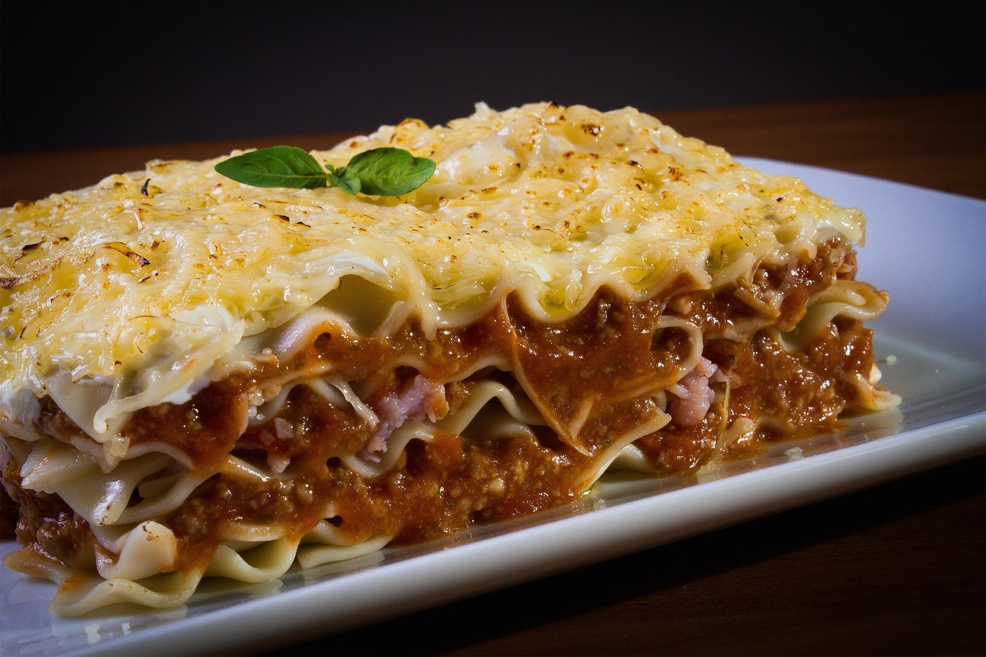 Woman Spends Her Stimulus Check To Make Lasagnas For Her Neighbors