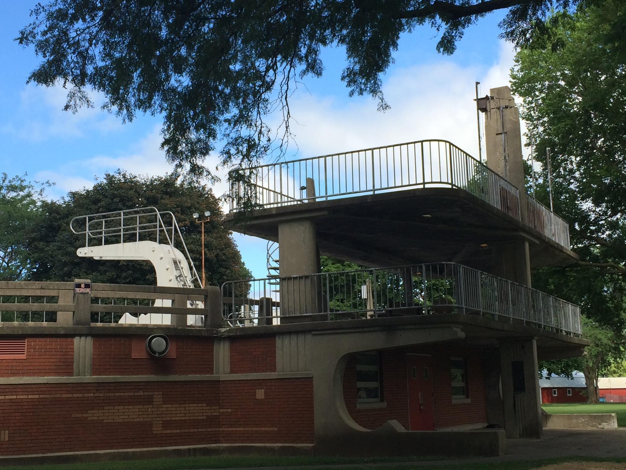 Veterans Memorial Pool