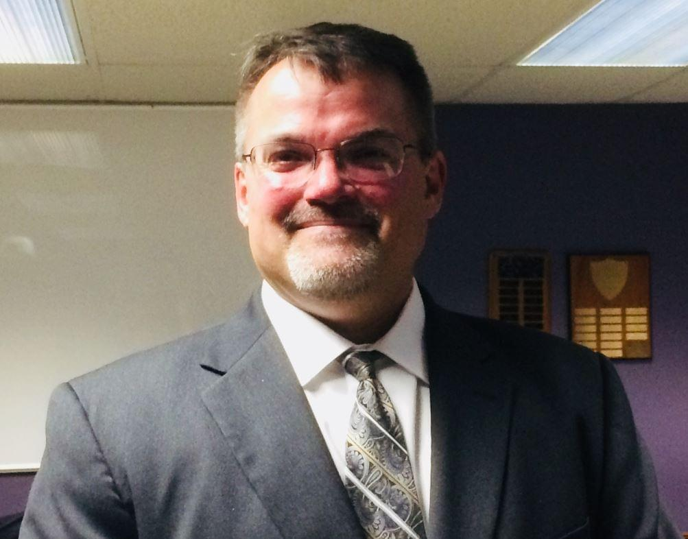 Dixon School Board Hires New Business Manager
