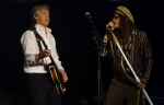 "Steven Tyler Joins Paul McCartney On Stage For ""Helter Skelter"""