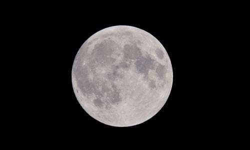 photo-of-full-moon-975012