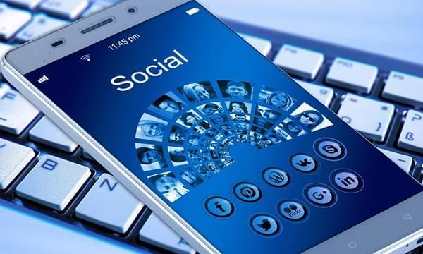 Meghan Markle Warns of Dangers of Social Media Addiction