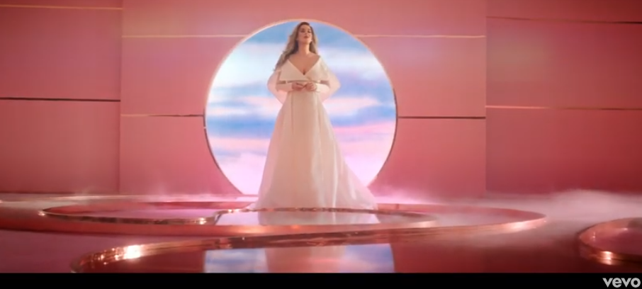 Katy Perry Announces Pregnancy in New Video