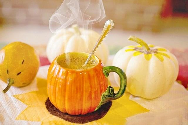 pumpkin-spice-latte-3750038_640