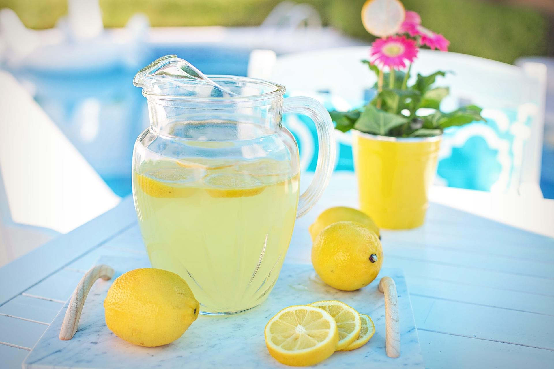 This Lemonade Will Help With Your Headaches and Anxiety