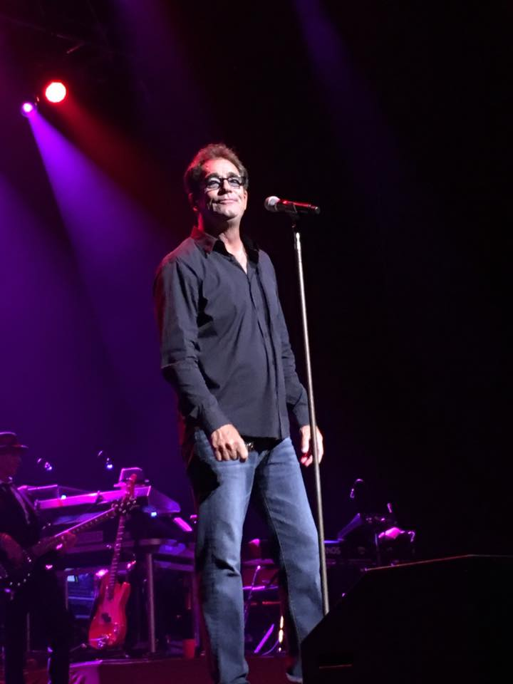 Huey Lewis and The News played GBPAC and we had some winners meet Huey! She also let us use pics she took from the show!