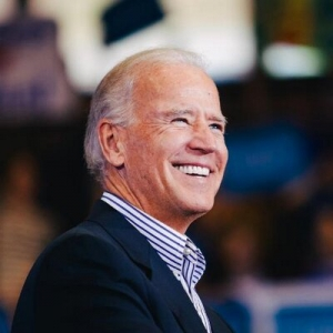 Biden looks beyond Super Tuesday with Illinois endorsements