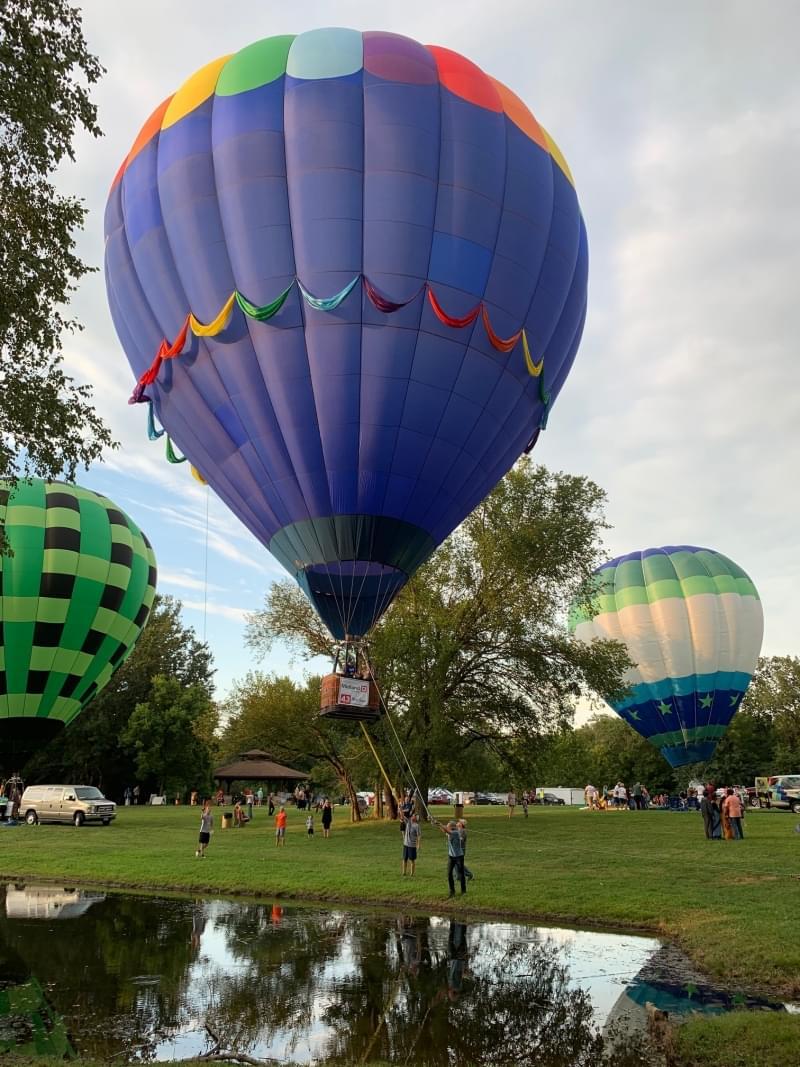 Centralia Balloon Fest battles weather issues, but crowds still good