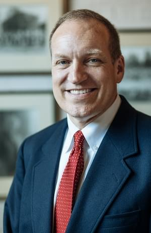 Winthrop president leaving SC to lead Southern Illinois