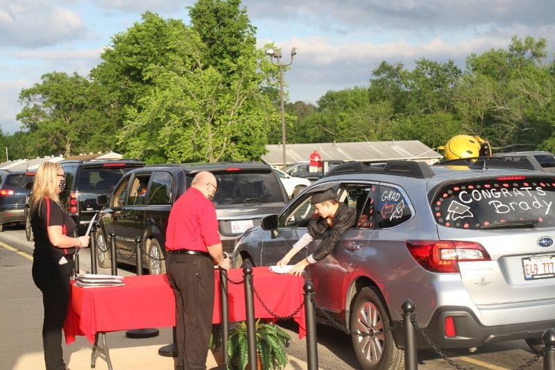 Salem Franklin Park 8th graders promoted in modified drive-through graduation