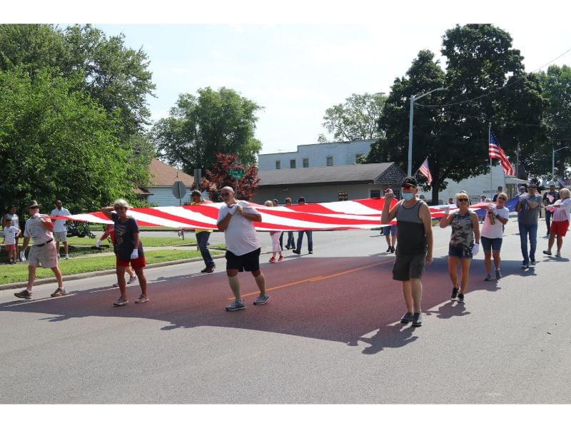 Centralia's 'This is not a parade' 4th of July event draws many entries to salute Veterans