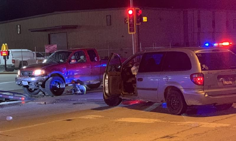 Three injured in crash in front of Salem McDonald's