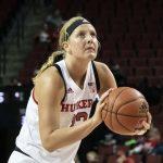 Ashtyn Veerbeek to Transfer from Nebraska to Dordt