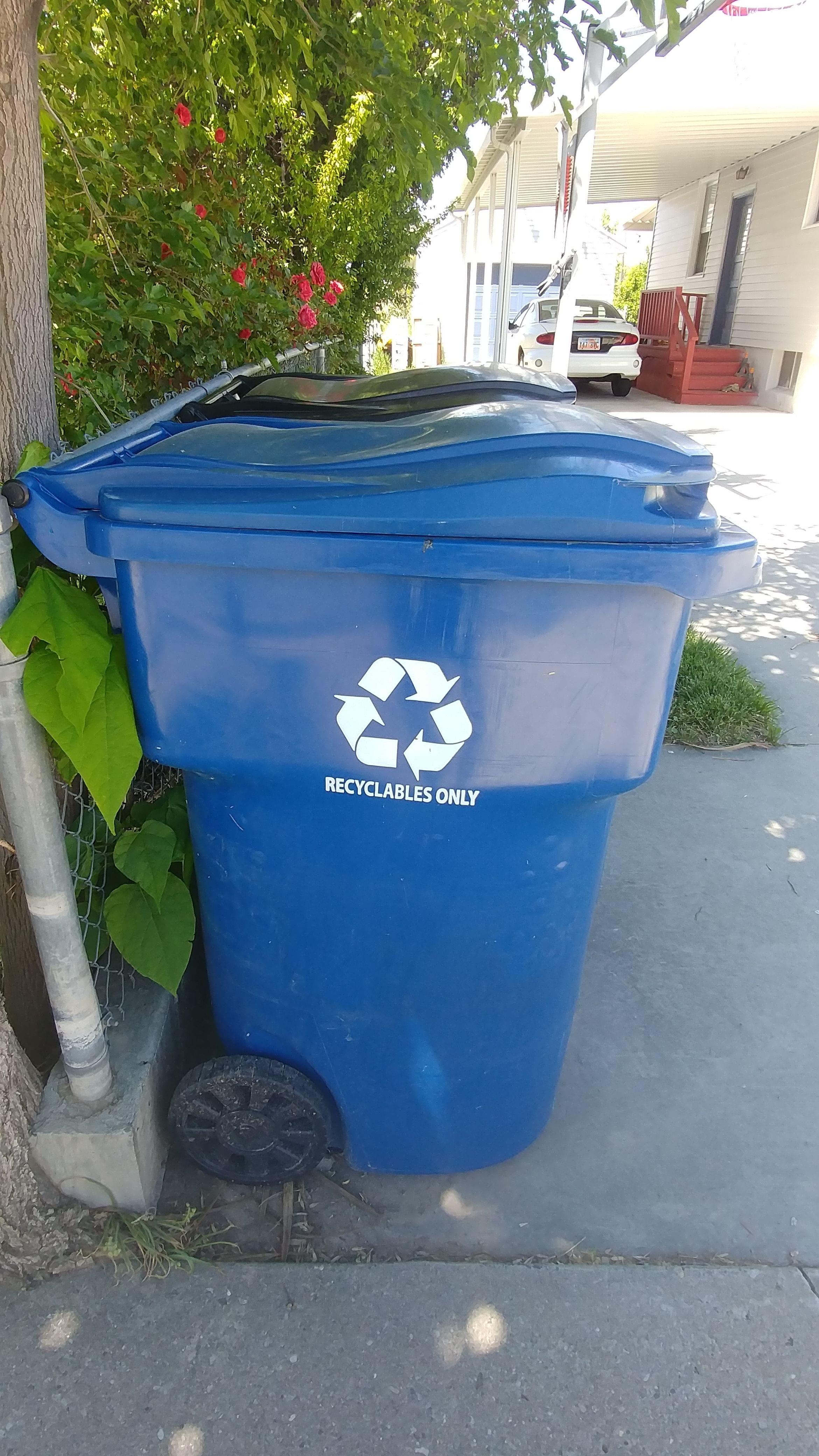 Study: Oregonians are recycling less