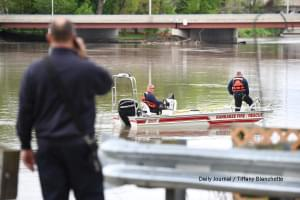 Body pulled from the Kankakee River