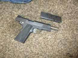 Bakersfield police recover firearms, make two arrests