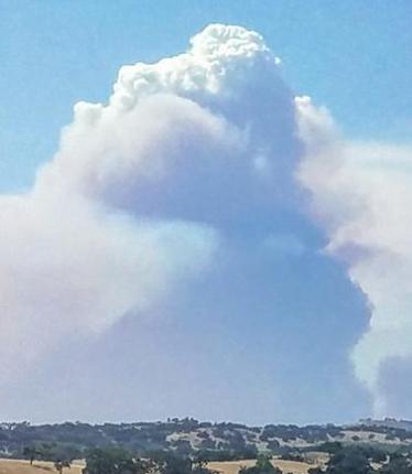 Massive fire, east of Santa Maria, closes Highway 166