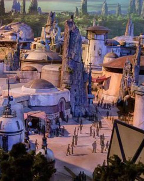 Disney provides a tease to Star Wars Land, sets web on fire