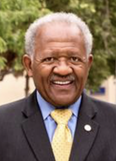 CSUB President Horace Mitchell announces he will retire at end of school year