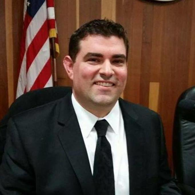Assembly candidate Justin Mendes squares off against Rudy Salas in the 32nd Assembly District