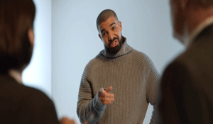 Drake Tries To Flex For Taylor!